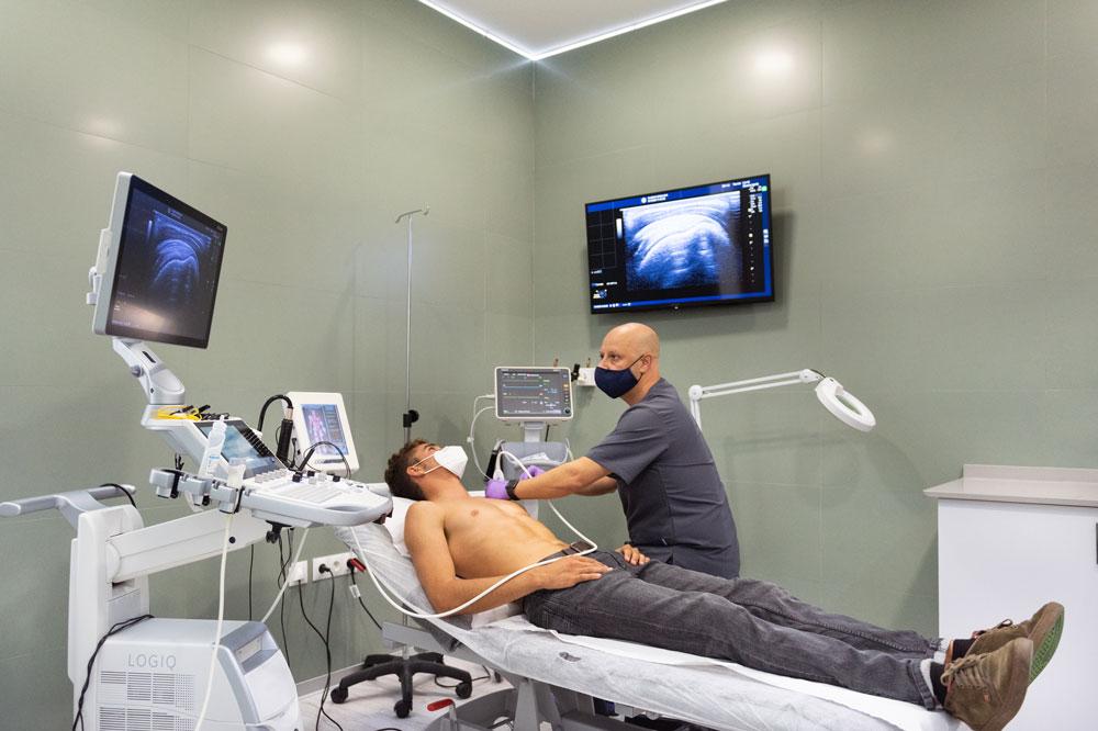 Nacho Bocardo Bello Fisioterapeuta Sinalgia Cádiz Lesiones deportivas